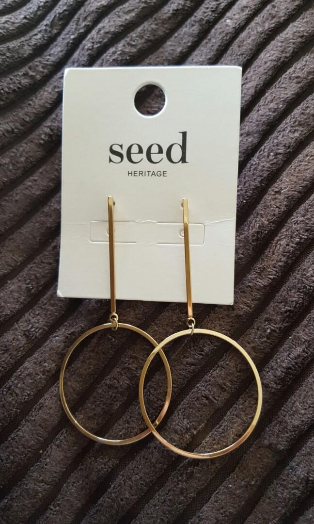 Seed earrings