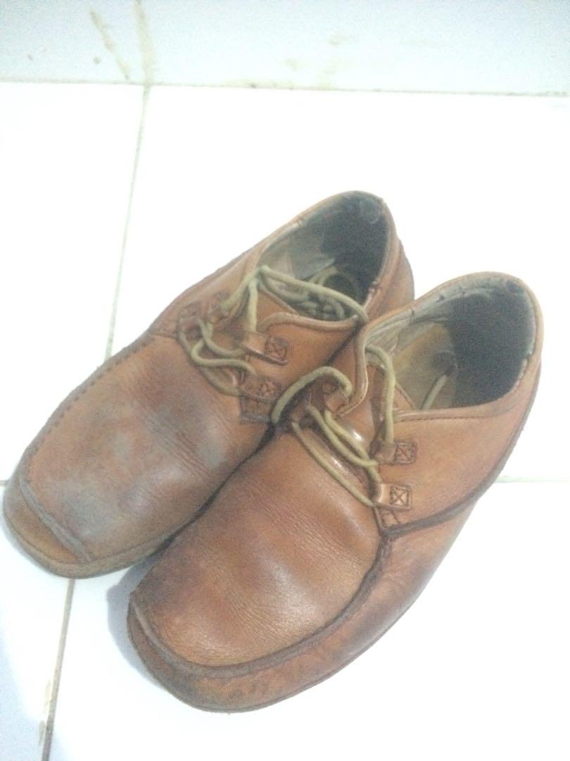 Sepatu Kulit Clarks Asli