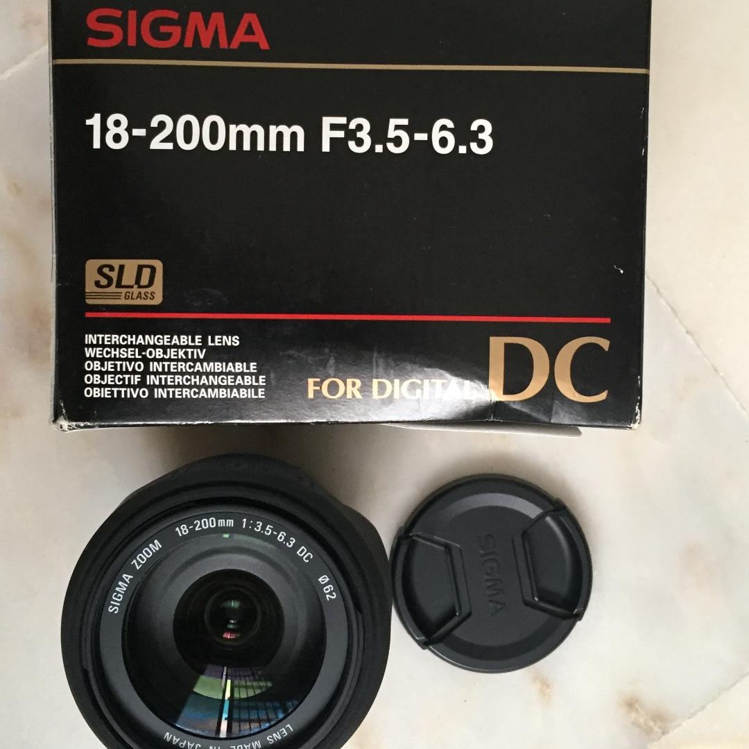 SIGMA lens 18-200mm f/3.5-6.3 DC