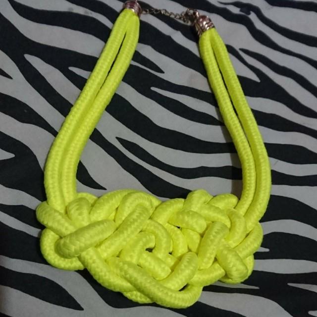 Stabilo Rope Necklet