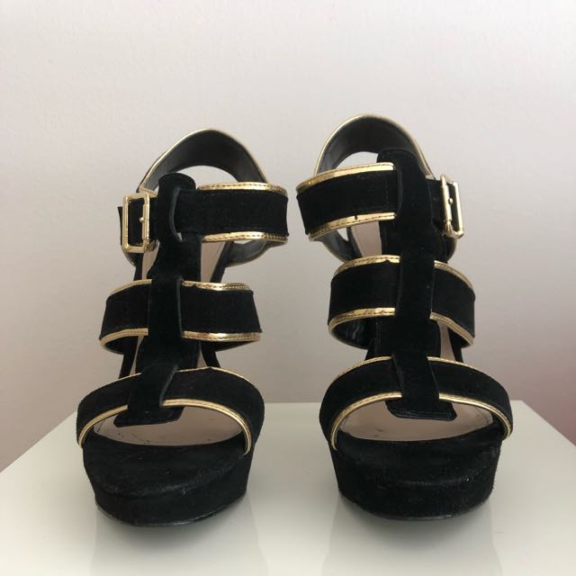 Steve Madden Heels Size 7 Black And Gold