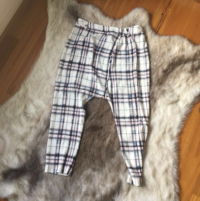 Tartan drop crotch trousers