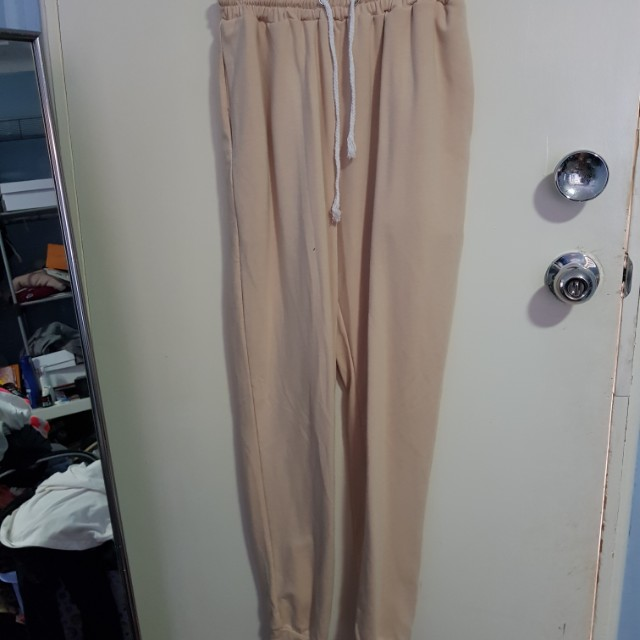 Taupe trackies sz 8-10