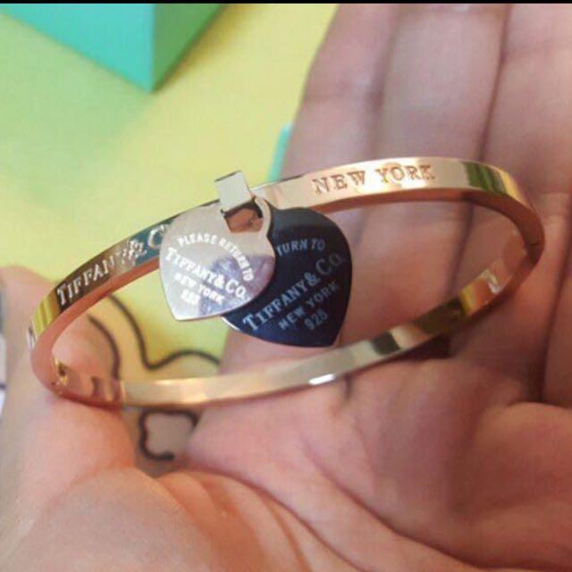 Tiffany & Co heart Bangle bracelet jewellery