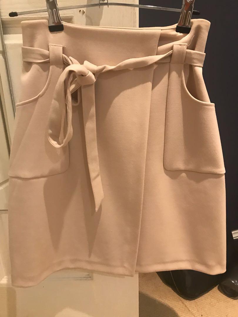 Tokito skirt (high wasted) size 6