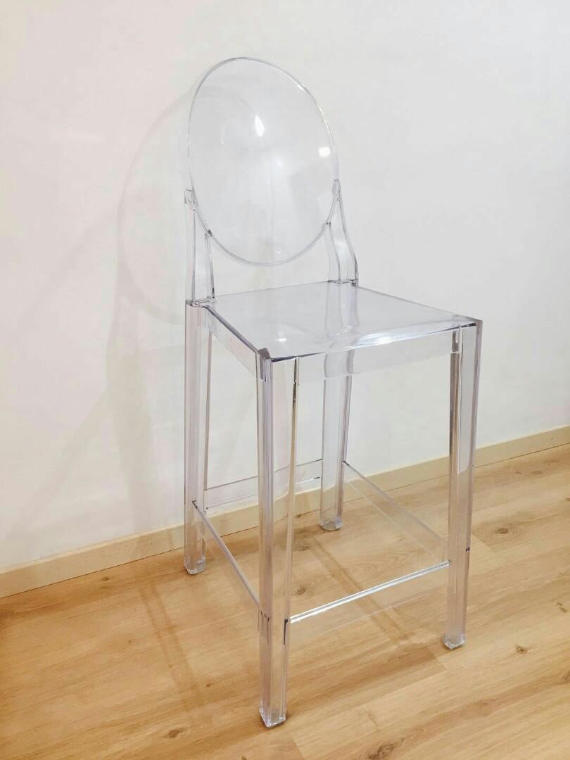 Transparent high chair