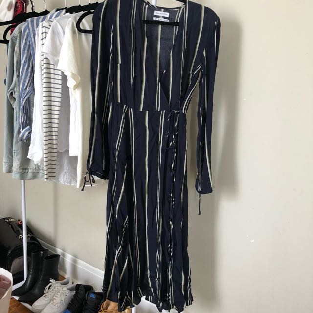 UO AUDREY MAXI DRESS size xs new without tags