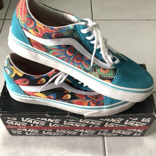 67e3536bb6 VANS old skool peacock true white shoes