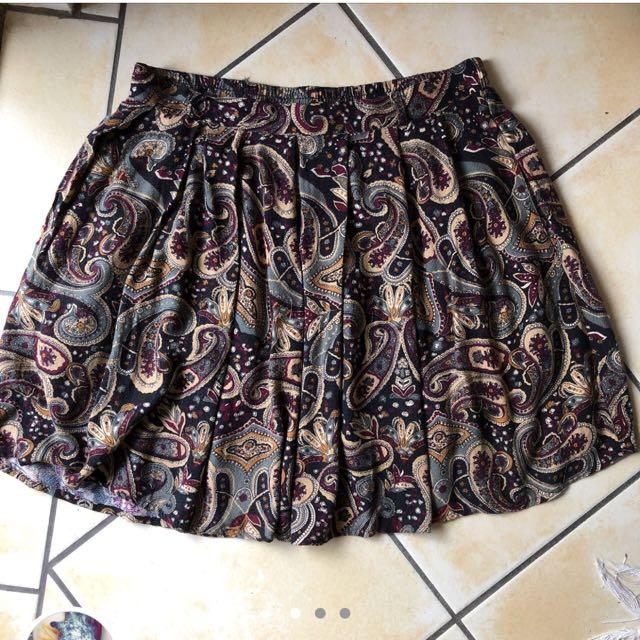 Vintage retro high waisted skirt medium