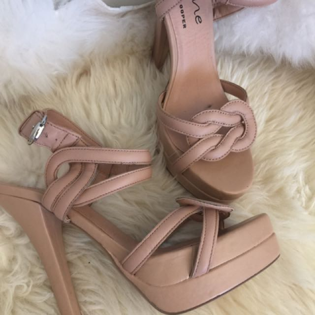 Wayne by Wayne Cooper heels size36