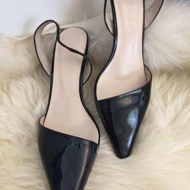 Witchery kitten heels size 36