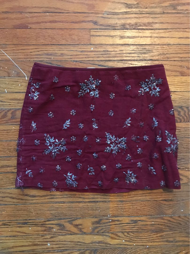 Zara burgundy mini skirt