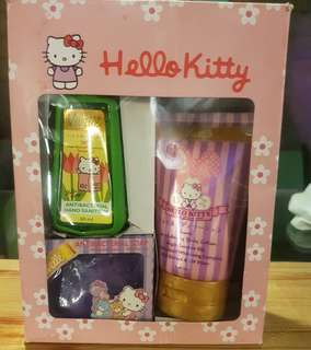 Hello kitty toiletries
