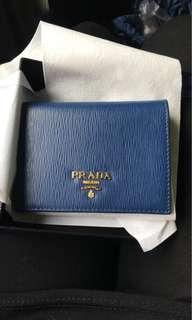 prada 正品短銀包(2摺)可放紙幣 ( 可代購其他款色)