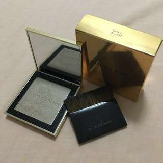 Burberry Fragranced Luminising Powder Gold Glow