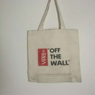 Tote Bag vans off the wall