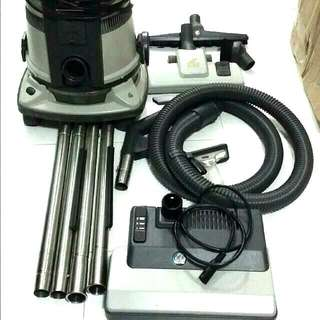 {SOLD} Delphin Complete Home Vacuum System