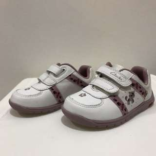 Clarks Dream Bow White Lea Sneakers Size 4-61/2