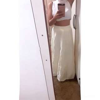Cream Maxi Dress (I sale my stuff,not my body!!! If got people PM me out of topic,I will report u)