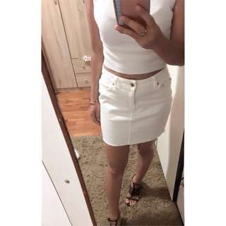 Skirt jeans white,material denim (I sale my stuff,not my body!!! If got people PM me out of topic,I will report u)