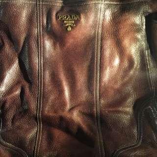 Prada (全厚靚皮)手挽/上膊袋