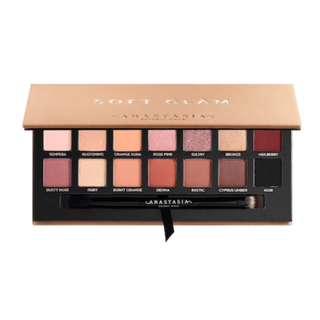 [PO] Anastasia Beverly Hills Soft Glam Eyeshadow Palette
