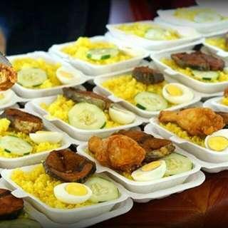 Nasi Kuning Sandakan ( Ayam & Ikan)