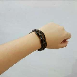 Preloved black bangle