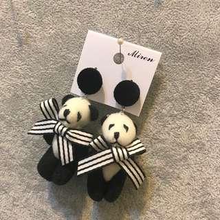 正韓 手工 娃娃 熊貓 熊熊 黑白 耳環 抗敏鋼針 出清
