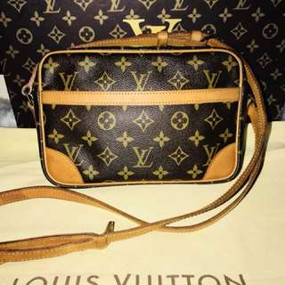 Authentic Vintage Louis Vuitton Trocadero 23 Crossbody