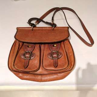 Leather vintage satchet bag