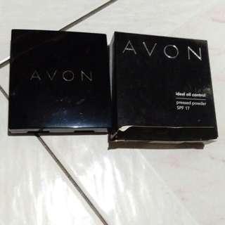 Avon ideal oil control pressed powder