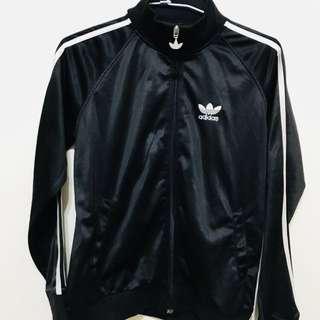 Adidas經典外套