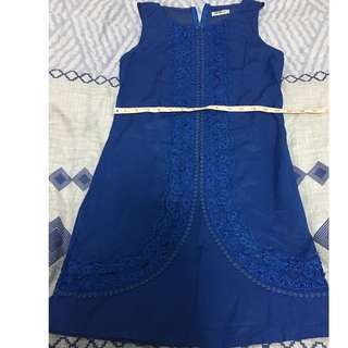Blue dress w/embroidery details (Folded&Hung)