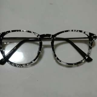 Spectacle Frame with Lenses