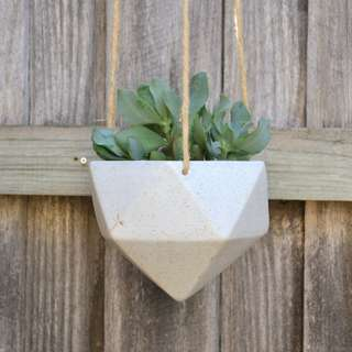 Cream Speckled Geometric Hanging Planter with Jute Hanger