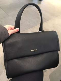 Balenciaga 巴黎世家 英國代購特價港幣8999(原價接近港幣2萬!)