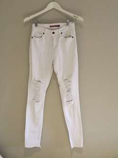 White jeans size 8