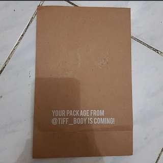 Paperbag Tiff_Body