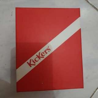 Box Kickers small