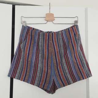 Pattern high waist shorts