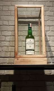 Laphroaig 25 year old whisky (cheaper than DFS!)