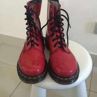 Doc Martens Classic 8 Eye Boots