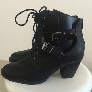 URGE Leather Cut Out Boots