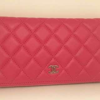 Chanel 粉色長銀包