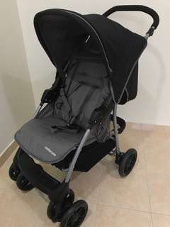 Mothercare Travel System - like new!