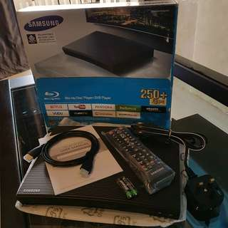 BNIB Compact Samsung BD-J5100 Smart Blueray Player / TV Box (Un-Locked) - Packaged with DOSS Bluetooth Speaker worth SGD $205.00