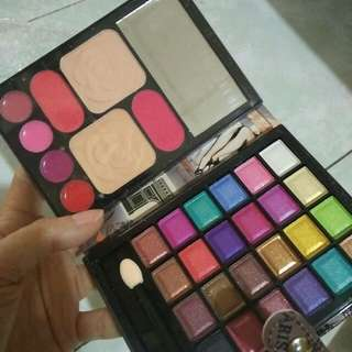 All in One Pocket Palette