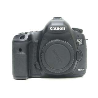 Canon EOS 5D Mark III Body (SC: 5K Only) 99.99% Like New