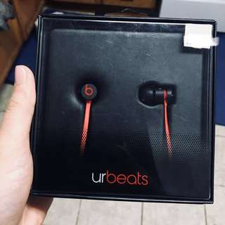 Brand new UrBeats by Beats
